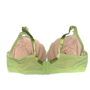 Cacique Intimates & Sleepwear - Cacique Bold Lace Plunge Bra Removable Air Pads